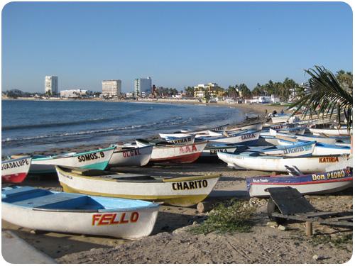 fishing boats in mazatlán