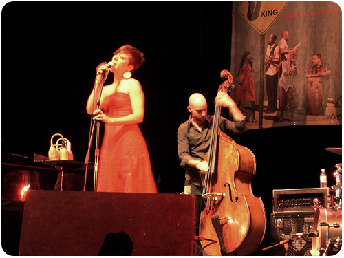 gretchen parlato and alan hampton at the san jose jazz fest 2010