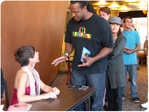 gretchen parlato selling and signing CDs at san jose jazz fest 2010