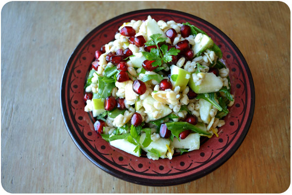 farro pomegranate salad